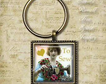 I Love To Sew Necklace, Vintage Sewing Machine, Woman Sewing Key Chain, Vintage Photograph, Hobbies, Sewing, Seamstress Gift, Taylor