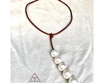 Glow Necklace with Freshwater Pearls
