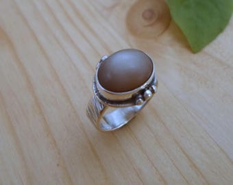 Peach moonstone sterling silver ring, artisan jewelry, gemstone silver ring, moonstone jewelry, handmade silver ring, silversmith jewelry