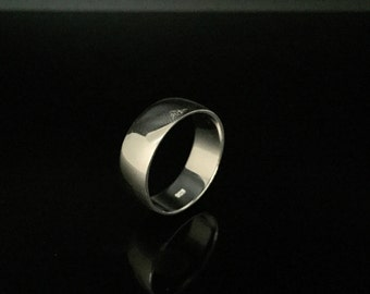 8mm Silver Band Ring // 925 Sterling Silver // Plain Band Ring // Silver Wedding Band // Medium Wide Gage Silver Band Ring