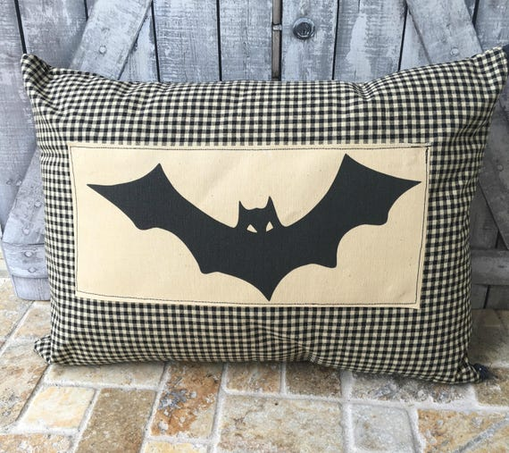 Bat Pillow, Vintage Halloween Bat Pillow, Halloween Decoration,Primitive Halloween,Vintage Halloween Pillow, Halloween Decor