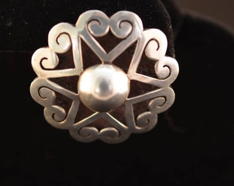 Star and hearts sterling silver brooch. Hallmarked Mexico D.F. Sterling and ETD