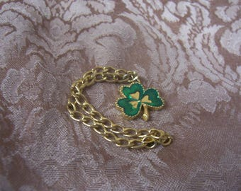 AVON Gold Tone Shamrock  Charm Bracelet