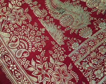 Dark Burgundy Silk SARI, Gorgeous SILK Brocade, heavy and dark red Sari, gorgeous burgundy with Gold embroidery SILK