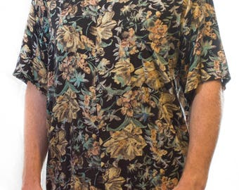 80's Floral Print short sleeved mens large Christopehr Geroge shirt with black pearl look buttons