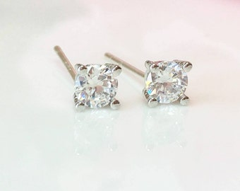 Tiny Diamond Studs, CZ Diamond Earrings, 4mm Round Diamond Solitaire Studs, Silver Studs, 4 Prong Diamond Minimal Earrings Small CZ Studs