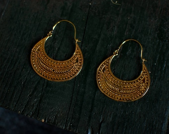 Carved Golden Earring - Medium