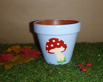 Toadstool Plant Pot Small Size H 10.0cm x W 10.5cm