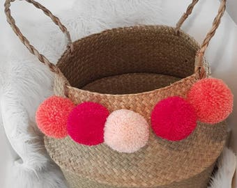 Thai wide basket. Basket ball customizable. With its 5 tassels. Storage and decoration