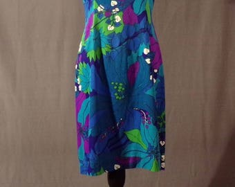 Vintage 1960s Dress - Bright Blues Purples and Greens Hawaiian Shift Dress by Sun Fashions of Hawaii