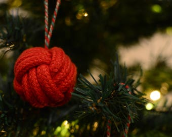 Christmas Bauble Red Monkey Fist knot