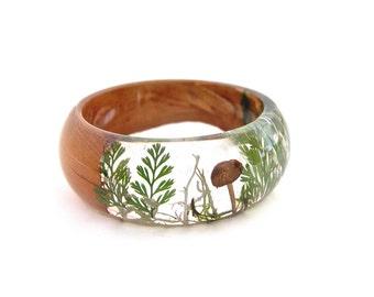 Forest jewellery. Mushroom Terrarium. Woodland. Fern  Lichen Resin Bangle Bracelet. Nature jewellery. Gift for her. By OCEAN PETALS