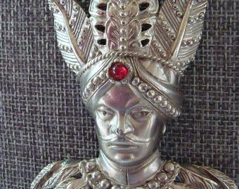 Signed Lucien Piccard Pendant. Maharajah !