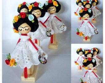 Frida brooch/Frida Kahlo brooch doll/Mexico brooch/Wooden Frida brooch