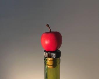 Apple Wine Stopper, Teacher Wine Gift, Apple Bottle Topper, School Teacher Wine Gift, Apple Wine Gift