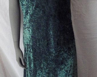 1990s Vintage Moda International Cut Velvet Nightgown Dark Green Size 14 Spaghetti Straps