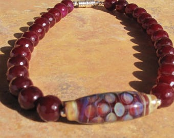 Agate multi faceted 11 mm necklace