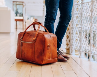 Leather Duffle Bag, Cabin Bag, Carry on Lite, Cognac Weekender, Holdall, Carry Lite, Overnight Bag, Gym Bag, Travel Leather Duffle, Gift