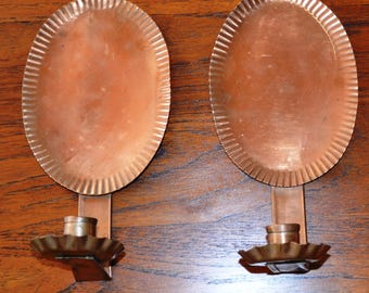 2 COPPER WALL SCONCES.. Vintage 70s. Grooved Reflector.Scalloped Rim  on Candle Holder..Very Good Lovely Vintage Patina.Hole for Hanging