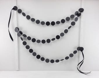 Shimmer Black Dots Garland 6ft: Halloween Garland, Halloween Mantel, Classroom Decor, Polka Dot Garland, Photo Backdrop, Black Bunting
