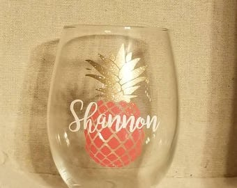 Personalized Pineapple Stemless Wine Glass