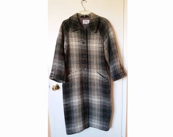 Vintage 1950's Style Checkered Thick Long Button Down Coat, Size 6/7