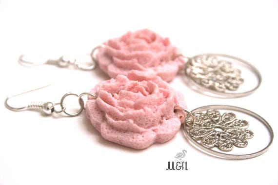 English rose earrings, powder pink, print brass lace