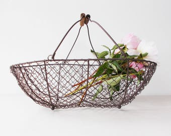 Large Wire Oyster Baskets French Vintage Storage Basket with wooden handle