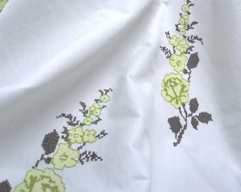 Fabric Designs Luxury Outlet-* enchanting-cross-stitch Roses-pistachio-* Cottage garden by Chivasso