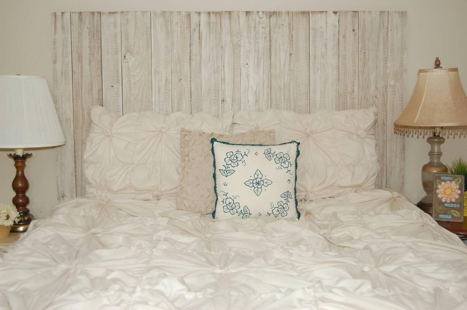 Off White Distressed Color Barn Walls Queen Headboard Lean