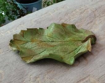 Ring tray , leaf dish, green leaf bowl, ring tidy, green leaf , safety ring dish, pin tray , tidy bowl