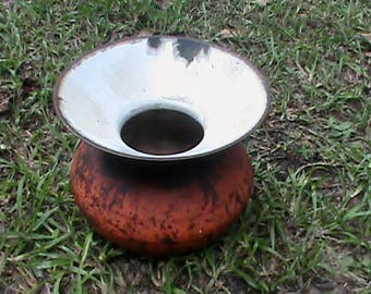 Antique 1800s cast iron cuspidor spittoon with gate mark old West saloon