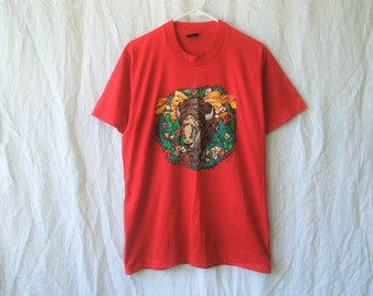 SALE 80s Christmas Wreath Buffalo T-Shirt
