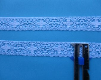 Cross Insertion n Matching Edging by Half-Yd in WHITE