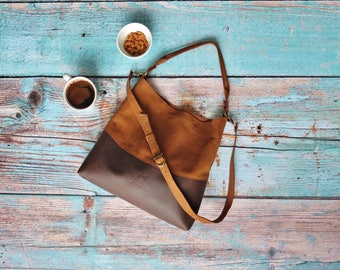 Genuine leather hobo bag with regulated handle - leather shoulder bag - Every day bag - spring bag - Natural leather bag - gift for women