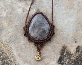 Macrame Sun necklace
