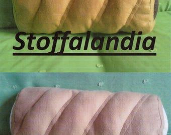 Flutes pillows gift idea