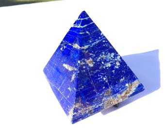 Royal blue Lapis lazuli Pyramid 70mm 356grams