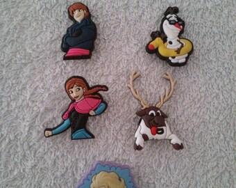 Lot 5 jibbitz frozen / Frozen (for fangs badges)