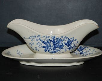 Vintage French ironstone gravy boat or sauce dish,  with pretty bleu transfer decor. Floral and leaves. Terre de Feu Primevere