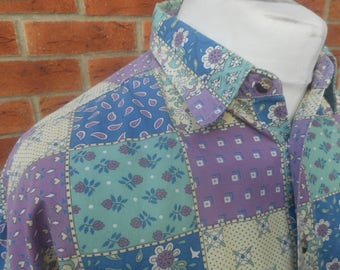 Loose fit 1990s crazy pattern shirt 100% cotton sized Large
