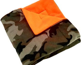 "FREE SHIPPING 25"" x 25"" plush Camo Pet Blanket, dog blanket, cat blanket"