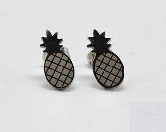 Pineapple earrings made of steel