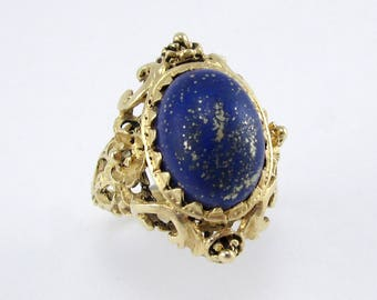 Vintage Lapis and Gold Ring