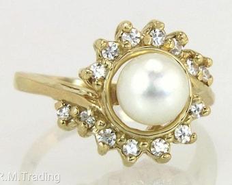 Estate 14K Yellow Gold .28ct Genuine Diamond & 6 mm Pearl Ring