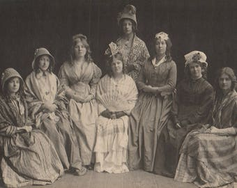 FREE POST - Old Postcard -Group of Edwardian Women - Real Photo Postcard 1910s  - Vintage Postcard - Unused
