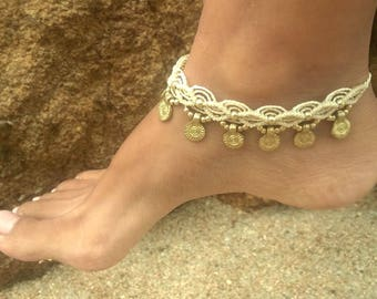 Ethnic macrame anklet with sun brass details (cream color)