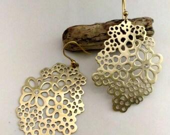 flower shape brass earrings with zirconia cubic