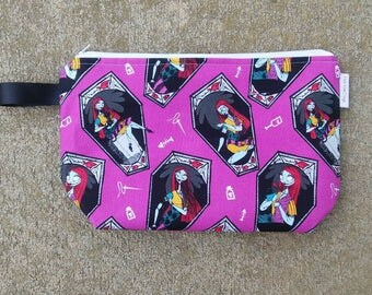 Disney Nightmare Before Christmas Sally Knitting Project Bag! Medium 2 Skein Size Bag Zippered Wedge!