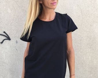 Extravagant Women T-shirt, Black T-shirt With Zipper, Plus Size Casual Top, Asymmetric  Oversize Black Blouse by SSDfashion